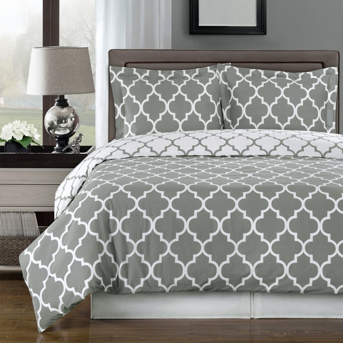 Grey And White Egyptian bedding